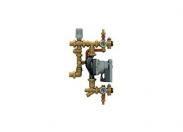 Смесительная группа Giacomini с насосом с электронным регулированием с фиксированным значением, для систем напольного отопления. Глубина 110 мм.
