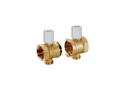 "Два крайних элемента модульного коллектора Giacomini 1""x3/4""ExDN32 с термостатическим клапаном"